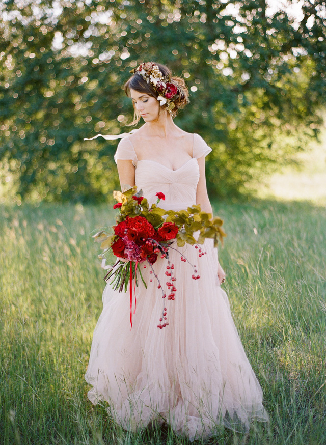 Red Blush Wedding Inspiration 01